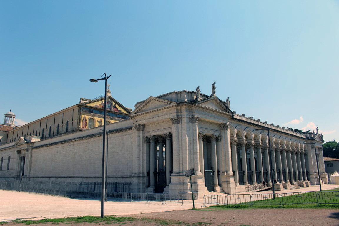 Italija_Rim_crkva_sv.Pavla_u_zidinama_Evropski_gradovi_akcija