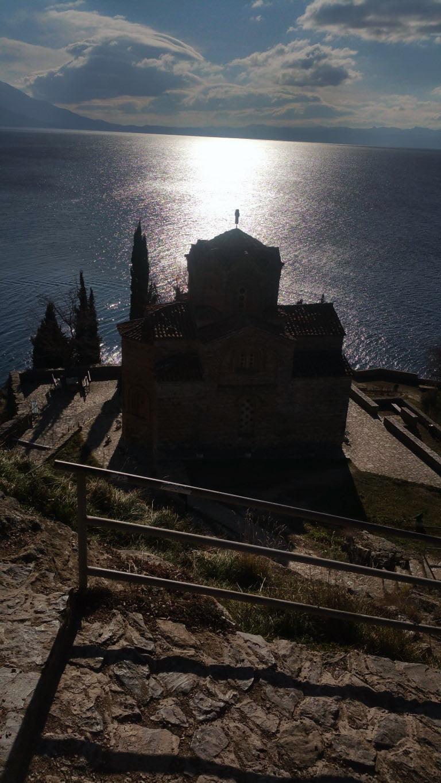 Makedonija_Ohrid_Crkva_Sv.Jovana_Kaneo_autobusom_stari_grad_akcija