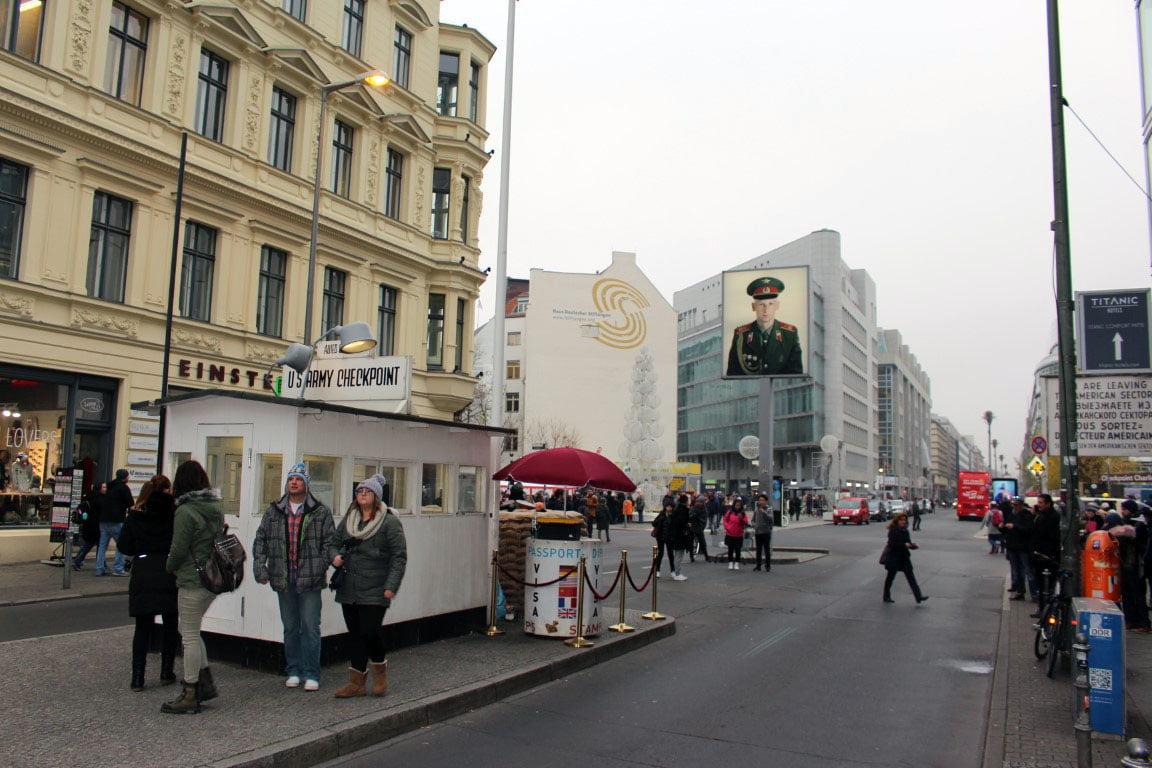 Nemacka_Berlin_carli_cekpoint_evropske_metropole_autobusom_akcija
