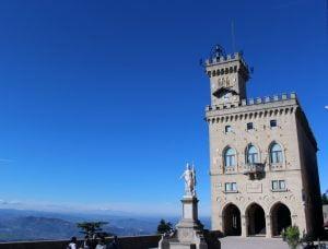 1 San Marino Gradska kuca Autobusom evropski gradovi akcija First minute putovanje