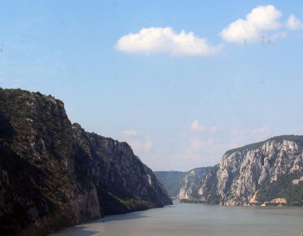1 Srbija Dunav zoznja brodom kazani izlet akcija putovanje