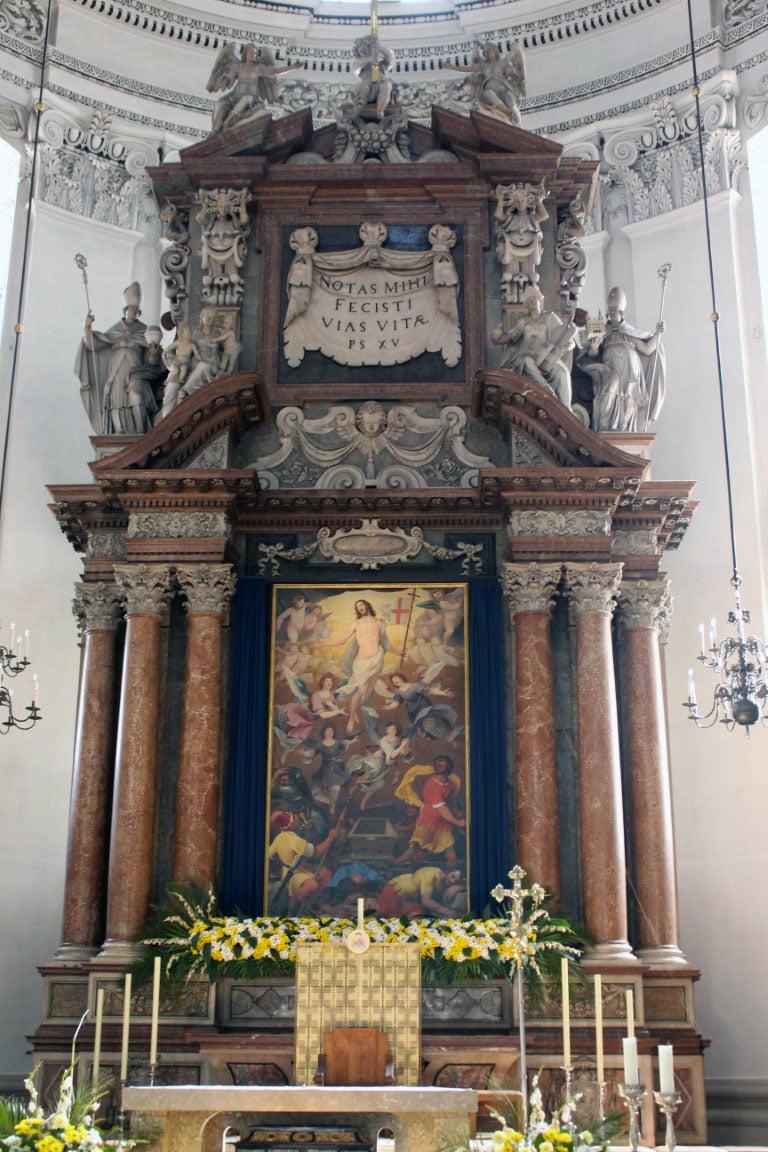 Austrija_Salzburg_katedrala_evropske_metropole_autobusom_popust