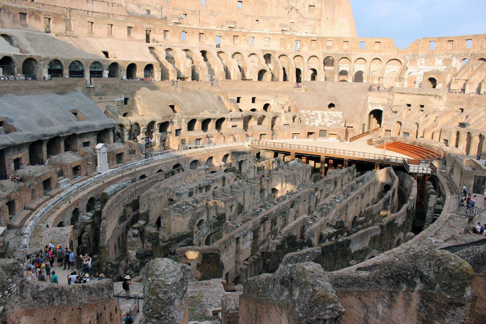 Italija_Rim_Koloseum_obilazak_Putovanja_2020_Evropske_metropole_autobusom_akcija
