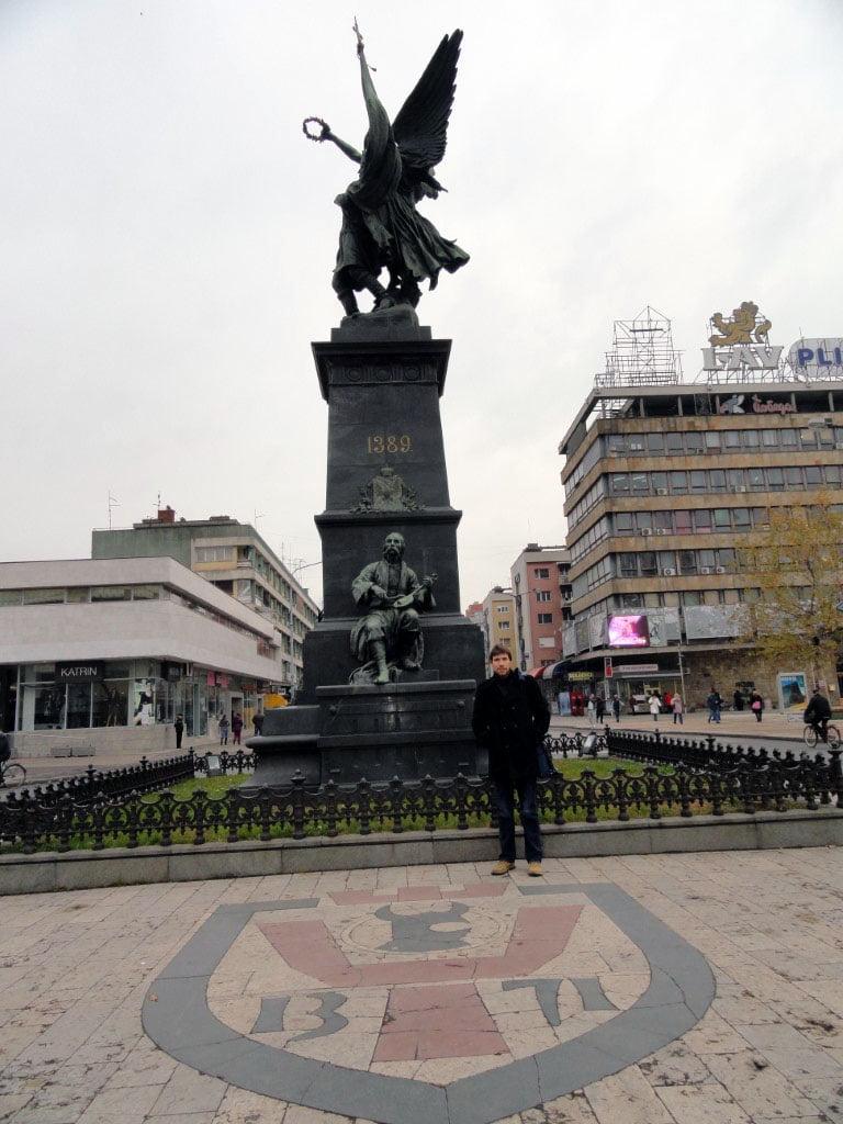 Srbija_Rasina_Krusevac_kosovskim_junacima_autobusom_akcija