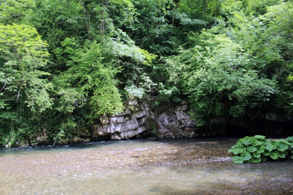 Klisura reke Gradac Valjevo manastir Lelic i manastir Celije autobusom