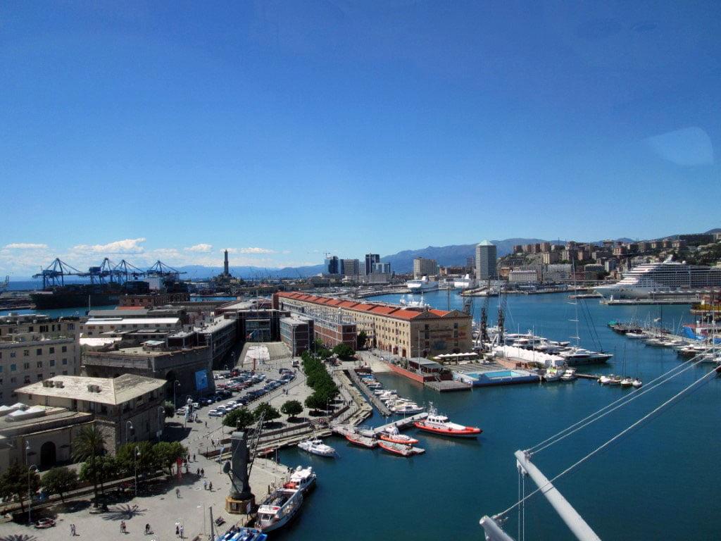 Italija_Tirsnesko_more_Genova_Evropski_gradovi_luka_autobusom_last_minute