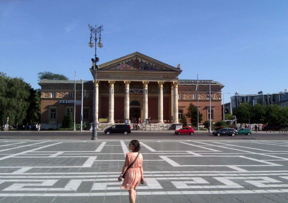 Madjarska_Budimpesta_Trg_heroja_evropski_gradovi_minibus_last_minute