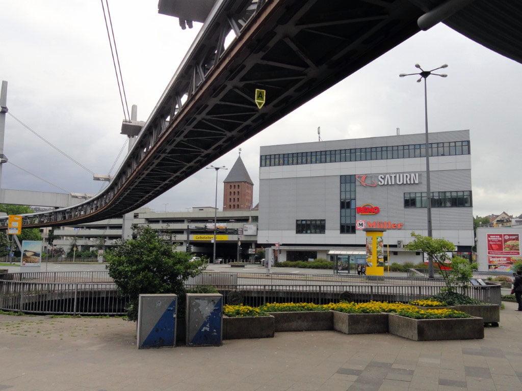 Nemacka_Ruhr_Wupertal_Schwebe_bahn_evropske_metropole_autobusom_last_minute