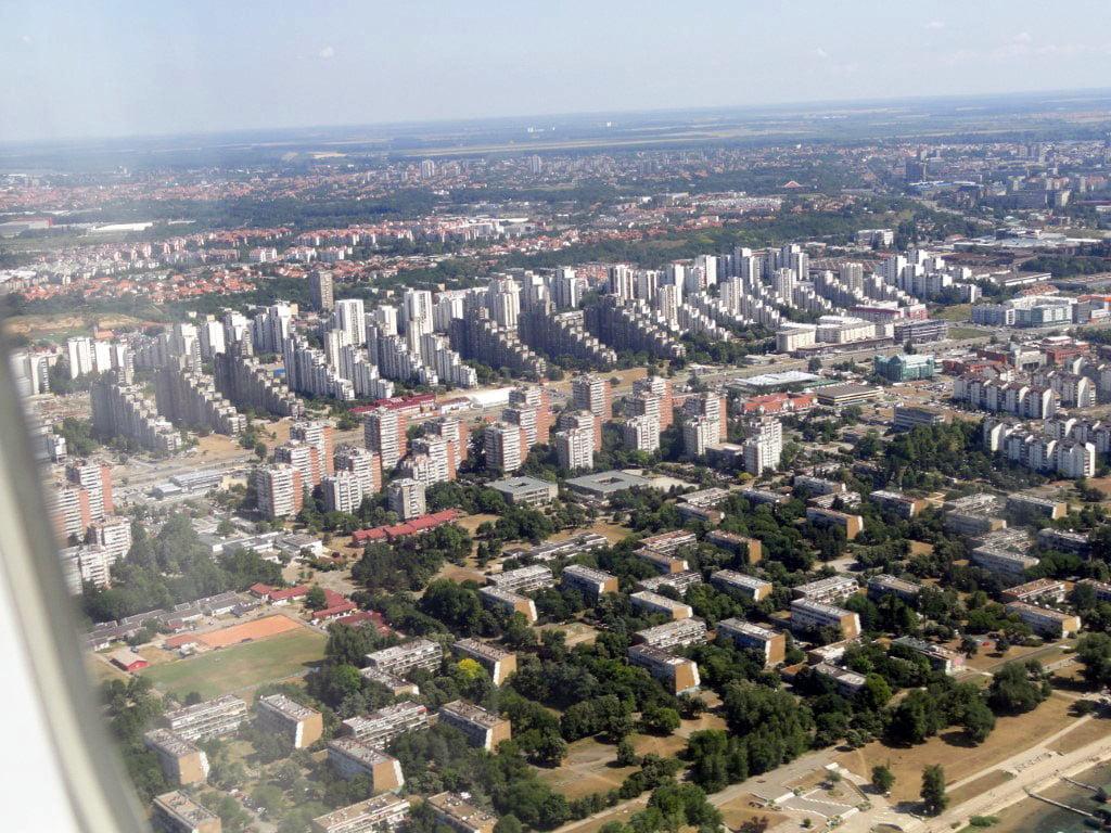 Srbija_Beograd_iz_aviona_razgledanje_grada_minibusom_akcija