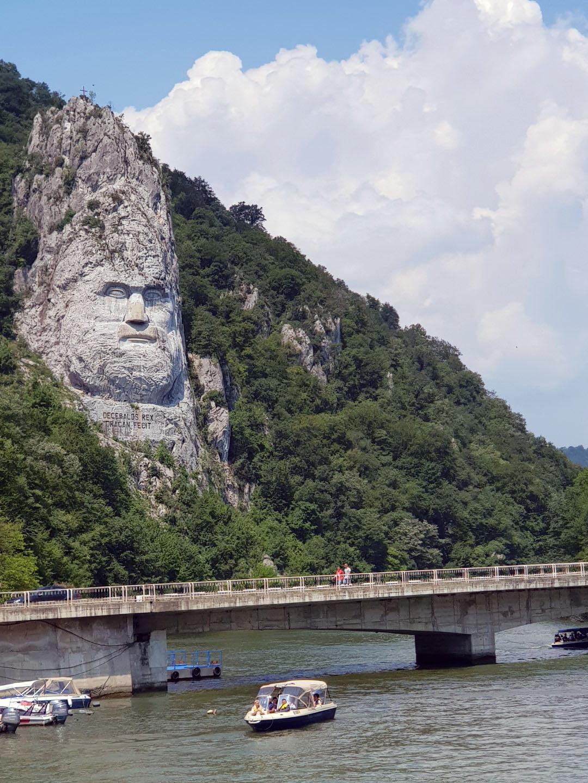 Srbija_Dunav_voznja_brodom_kazani_izlet_akcija_putovanje_autobusom_od_Tekija_Donji_Milanovac