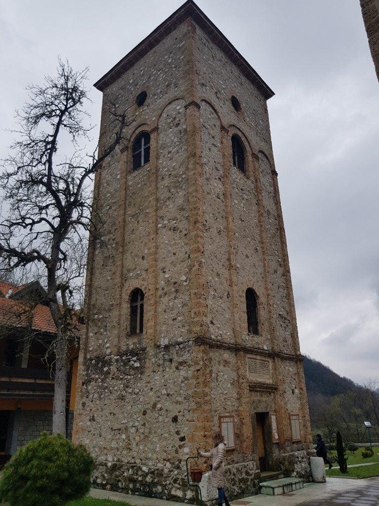 3_Zapadna_Srbija_Drina_manastir_Raca_jednodnevni_izlet_minibusom_putovanje