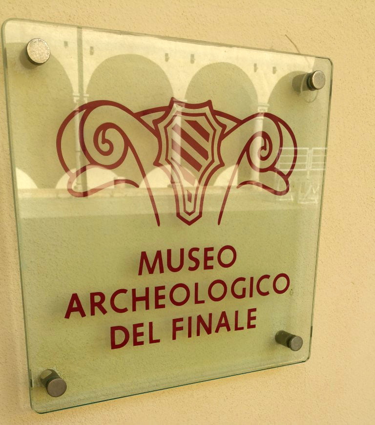 Italija_Ligurija_Finale_ligure_evropski_gradovi_autobusom_popusti
