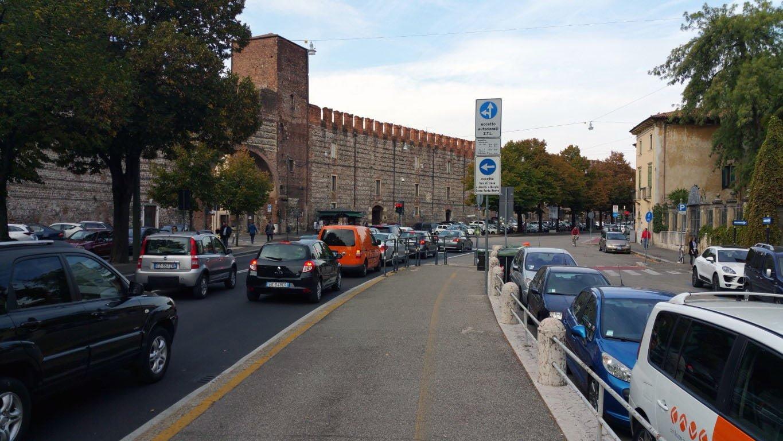 Italija_Verona_Rimski_amfiteatar_evropske_metropole_minibusom_last_minute