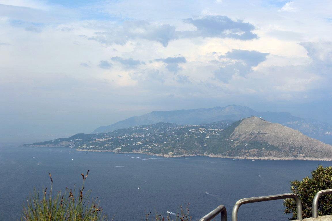 Italija_ostrvo_Capri_vila_Jovis_Tiberije_minibusom_akcija_last_minute_trajekt