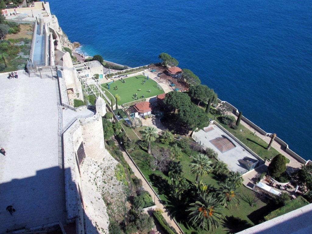 Monaco_Okeonografski_muzej_Monte_Carlo_autobus_last_minute