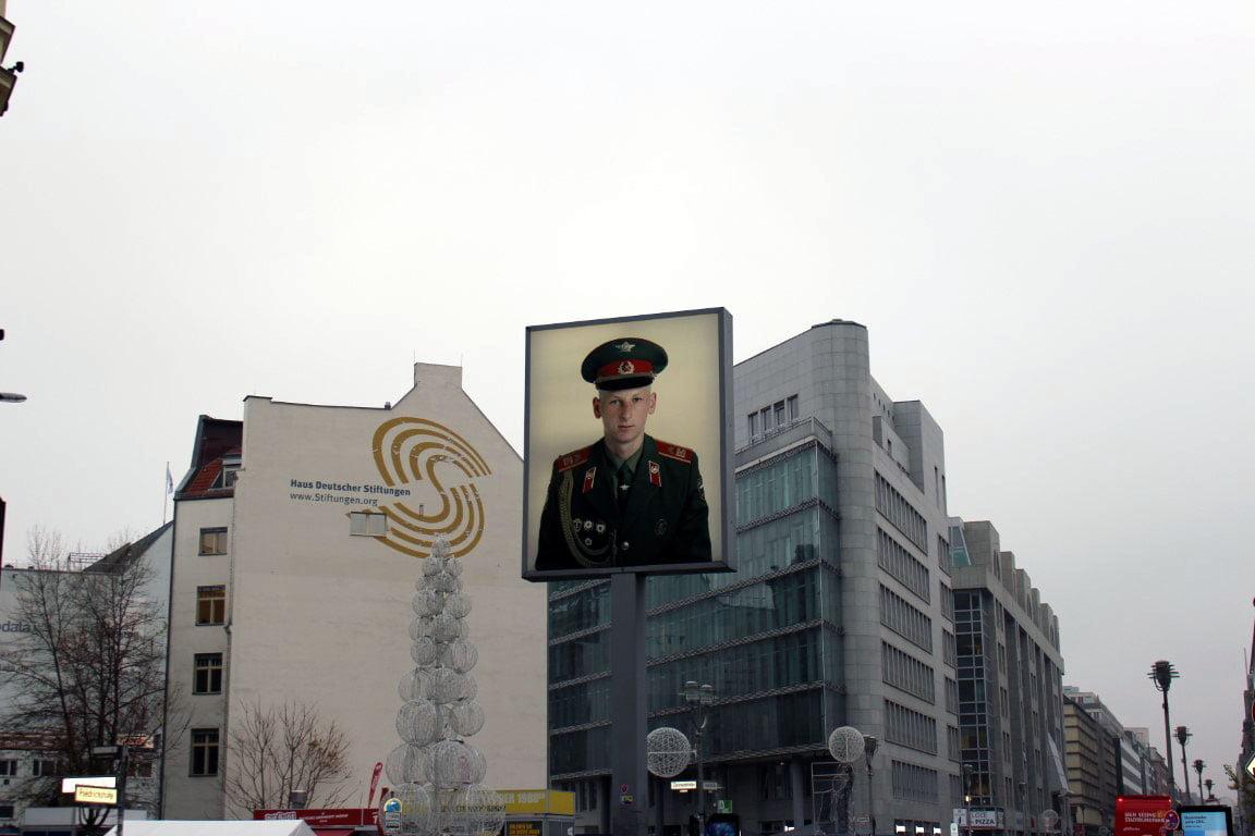 Nemacka_Berlin_carli_DDR_cekpoint_evropske_metropole_autobusom_povoljno