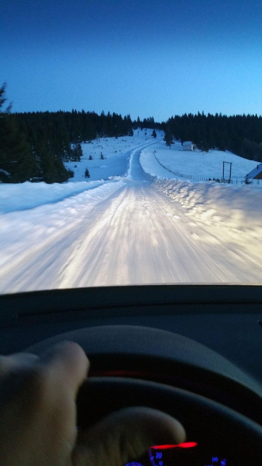 Srbija_Golija_Zimovanje_2021_Odmor_Last_minute_autobusom_skijanje_povoljno