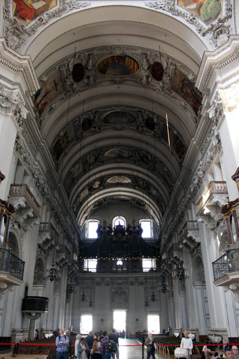 Austrija_Salzburg_katedrala_biskup_evropski_gradovi_autobusom_putovanja