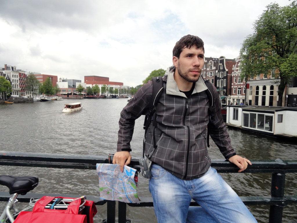Holandija_Amsterdam_Uskra_Prvi_maj_Evropske_metropole_autobusom_akcija