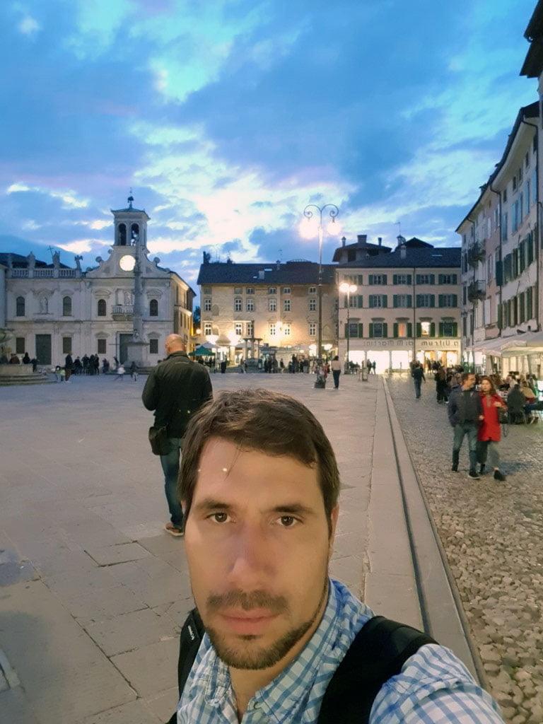 Italija_Udine_Evrospski_gradovi_evropske_metropole_trg_matetoti_putovanje