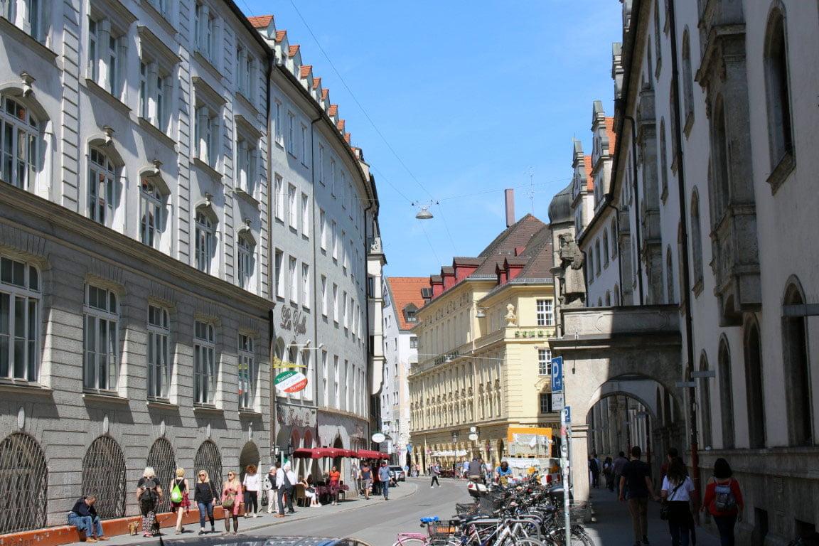Nemacka_Bavarska_Minhen_evrpski_gradovi_autobusom_akcija_povoljno_dvorci_bavarske
