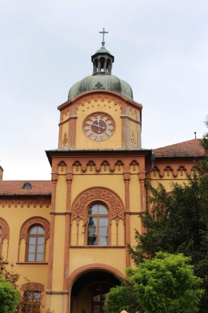 Vojvodina_Sremski_karlovci_gimnazija_vinarije_jednodnevni_izlet_povoljno